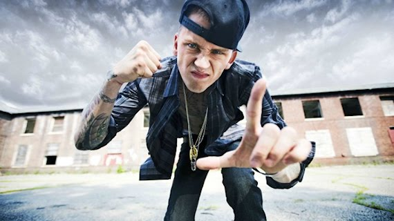 Drake – Started From The Bottom (MGK Freestyle)